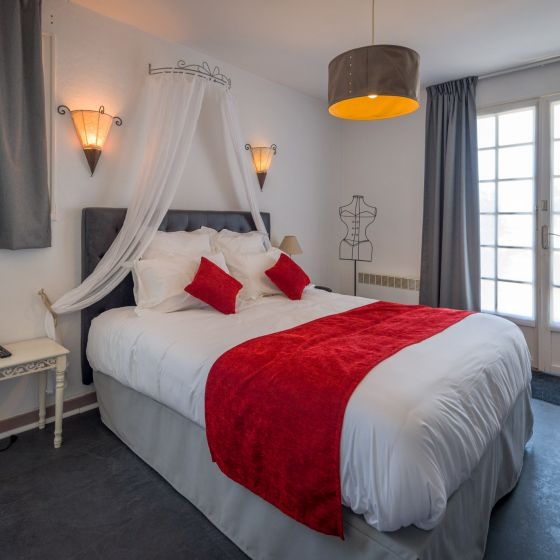 Chambre double rouge